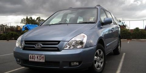 2007 Kia Grand Carnival Road Test