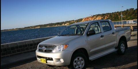 2009 Toyota HiLux Review & Road Test