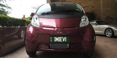 Mitsubishi i-MiEV Review
