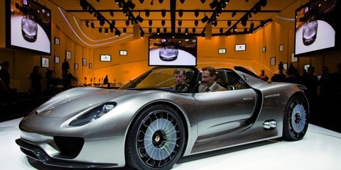 Porsche 918 Spyder purchase price to nudge 750000  Photos 1 of 5