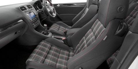 Renault Megane RS 250 v Volkswagen Golf GTI