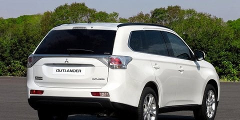 Mitsubishi Outlander revealed ahead of December launch