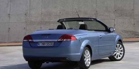 2007 FORD FOCUS COUPE-CABRIOLET Review