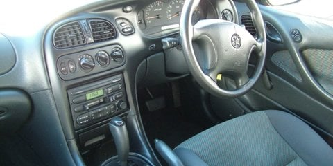 1998 HOLDEN COMMODORE ACCLAIM Review