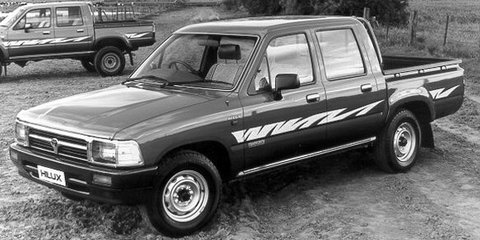 1993 TOYOTA HILUX DX Review