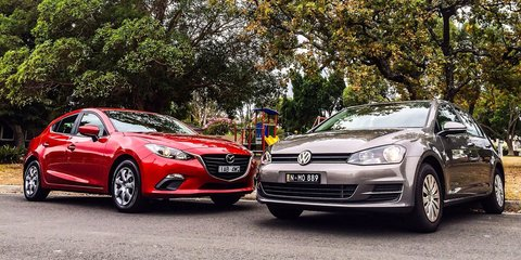 Mazda 3 v Volkswagen Golf : Comparison Review