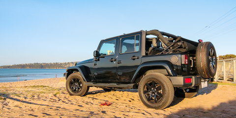 2014 Jeep Wrangler Blackhawk Review : Surf coast weekender
