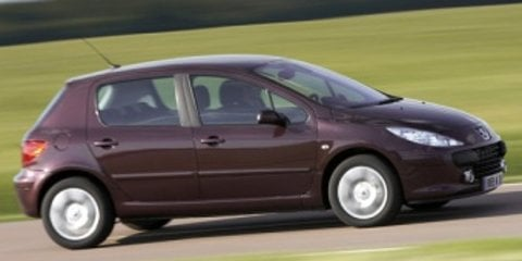 2003 Peugeot 307 1.6 Review Review