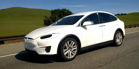 Telsa Model X filmed almost camouflage free in Silicon Valley