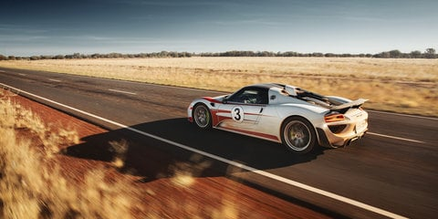 Porsche 918 Spyder hits 350km/h on Northern Territory Highway