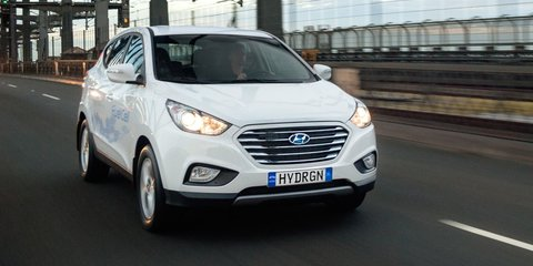 "Industry minister calls hydrogen ""the fuel of the future"" while brushing off EVs"