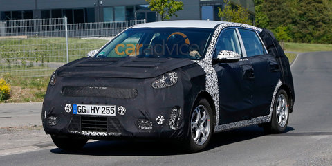 Kia sub-compact SUV spy photos