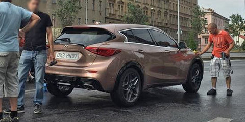 2016 Infiniti Q30 reveals its rump in new spy shot