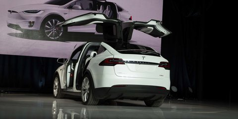 Tesla Model X falcon wing doors use ultrasonic sensors to operate in tight spaces