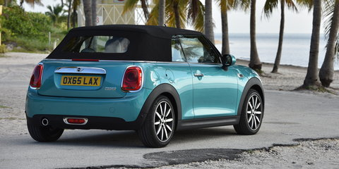 2016 Mini Convertible revealed