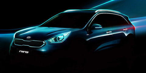 Kia Niro hybrid SUV teased ahead of February debut - UPDATE