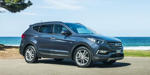 2016 Hyundai Santa Fe Series II pricing and specifications
