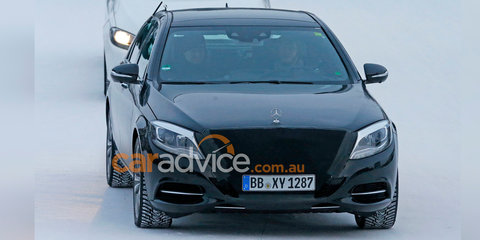 Mercedes-Benz S-Class facelift spy photos