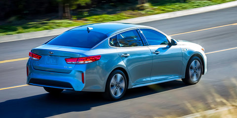 Kia Optima Plug-in Hybrid revealed in Chicago
