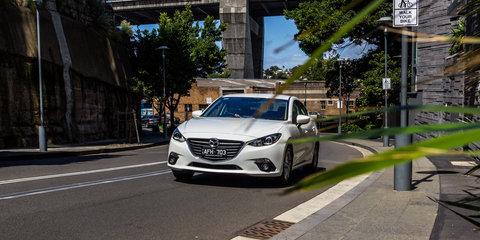 Hyundai Elantra v Mazda 3:: Small Sedan Comparison