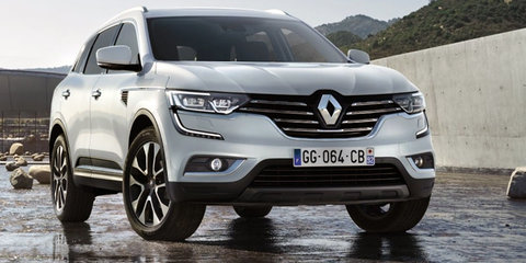 2017 Renault Koleos shows its face, spy shots reveal more