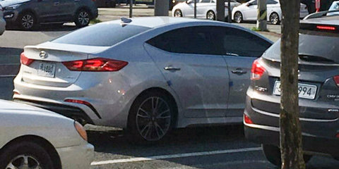 2017 Hyundai Elantra SR spied without disguise
