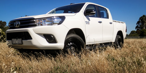 2016 Toyota HiLux SR 4x4 Dual Cab:: Week with Review
