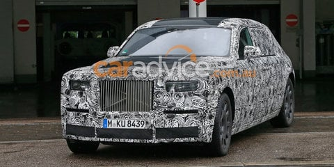 2018 Rolls-Royce Phantom spied inside and out