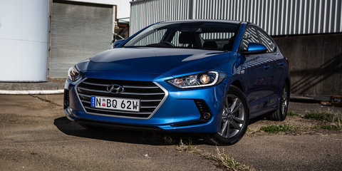 Hyundai Elantra Elite gains sunroof option, prices go up