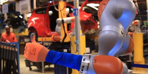 Ford completes trial of collaborative robots in Germany