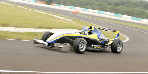 Race driver for a day: Michelin Pilot Sport Experience