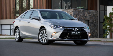 2016 Toyota Camry Atara S gains standard navigation, optional on Altise
