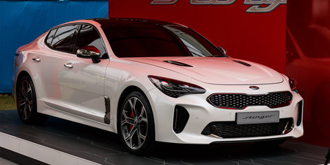 2018 Kia Stinger GT unveiled at 2017 Australian Open