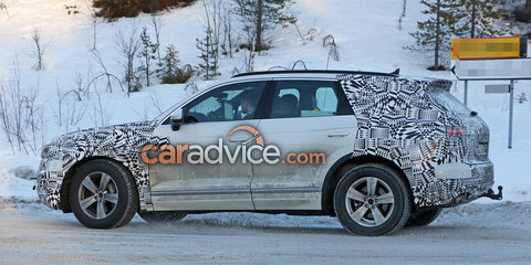 2017 Volkswagen Touareg spied with less camouflage