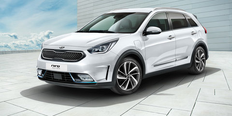 2017 Kia Optima Sportswagon, Niro plug-in hybrids unveiled at Geneva