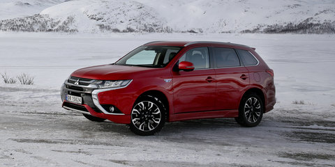 2017 Mitsubishi Outlander PHEV review: Ice driving in Norway