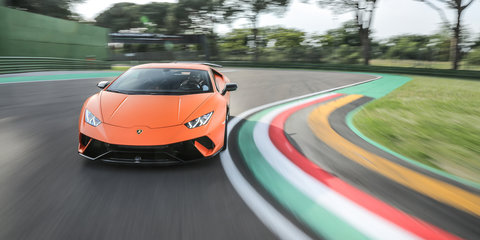 2017 Lamborghini Huracan Performante review