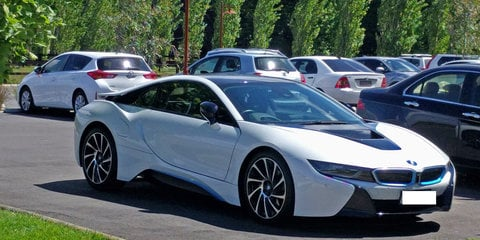 2015 BMW i8 Hybrid review Review