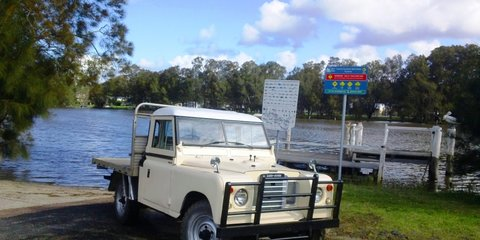 1974 Land Rover (4x4) Review Review