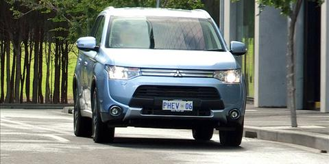 Mitsubishi Outlander PHEV Review: Video