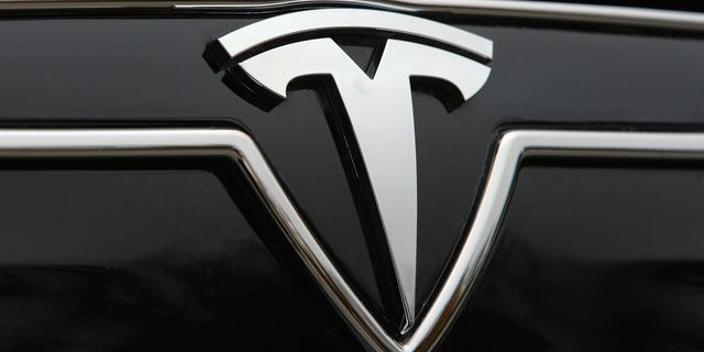 Tesla Model 3 will debut in March 2016