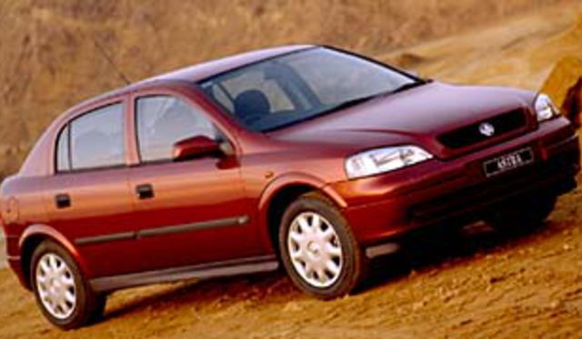 2001 Holden Astra Cd Review