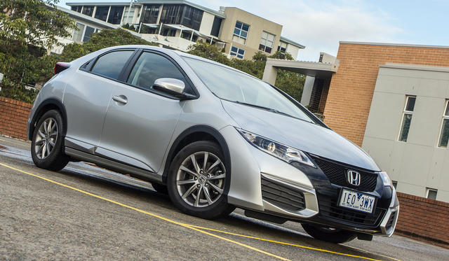 2015 Honda Civic Hatch Review