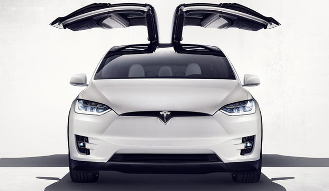Tesla Model X Review: First Impressions