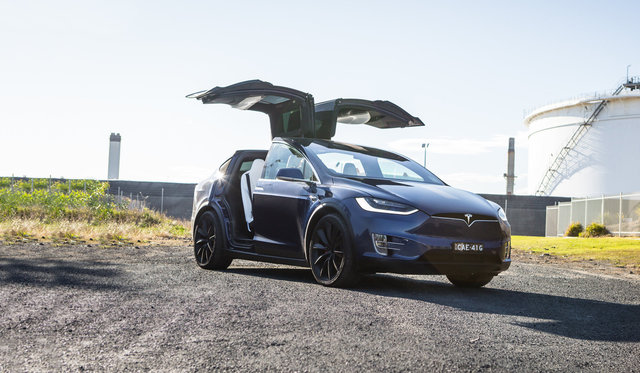 2017 Tesla Model X P100D review