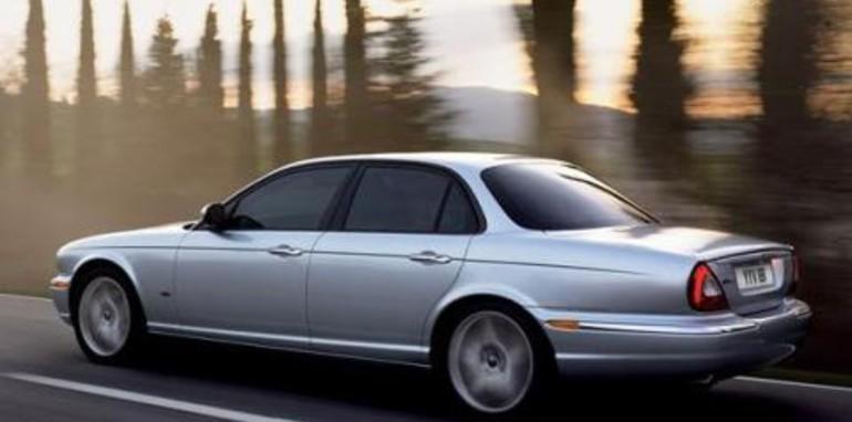 2007 Jaguar XJ6D Rear