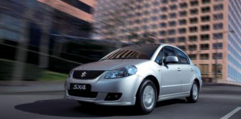 Suzuki SX4 2WD Sedan