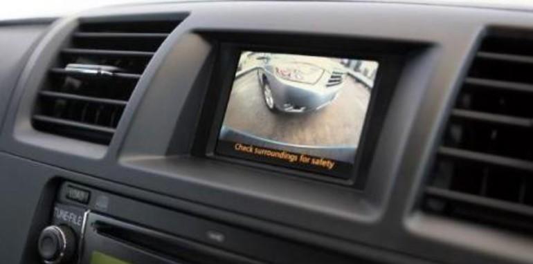 Toyota Kluger Reverse Camera