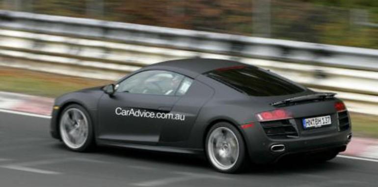 Audi RS8 spy photos