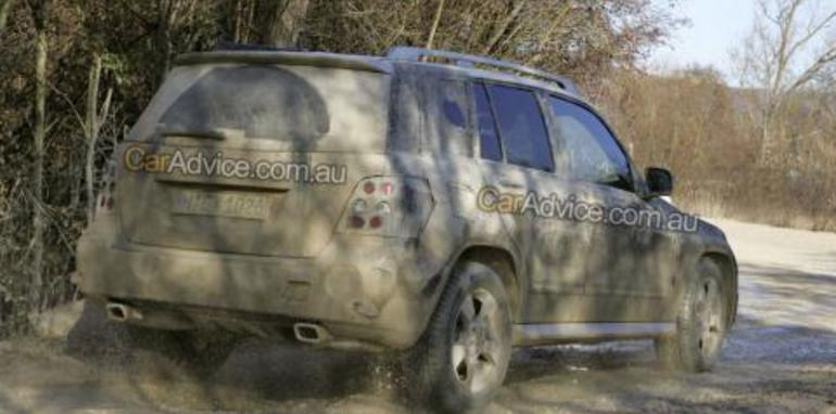Mercedes-Benz GLK spy photos